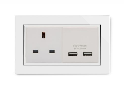RetroTouch 13A 1G UK Socket & 2.1A Dual USB White Glass CT 00640